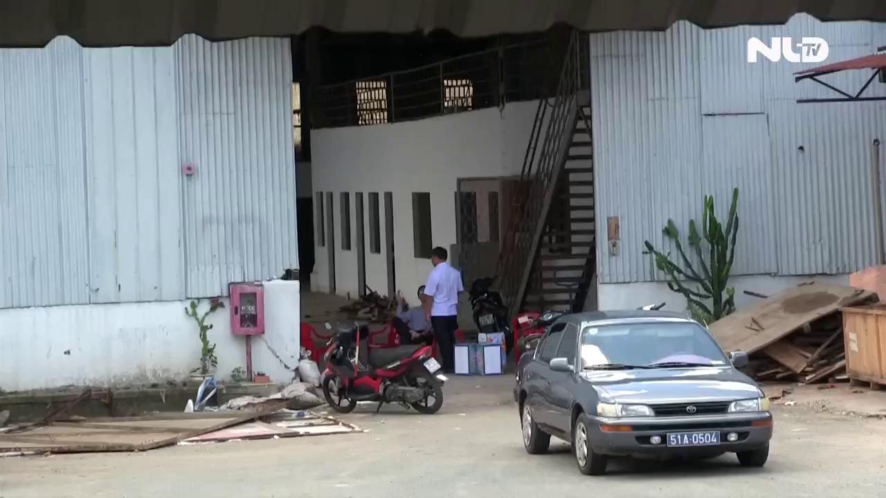 Tường sập đè chết 2 công nhân