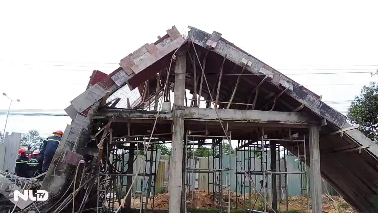 Sập giàn giáo ở Vũng Tàu, 7 người bị thương