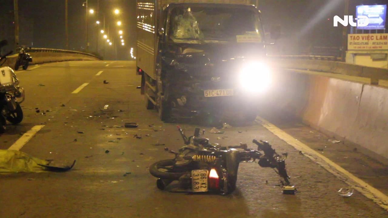 Chạy ngược chiều, nam thanh niên đâm trực diện xe tải chết tai chỗ