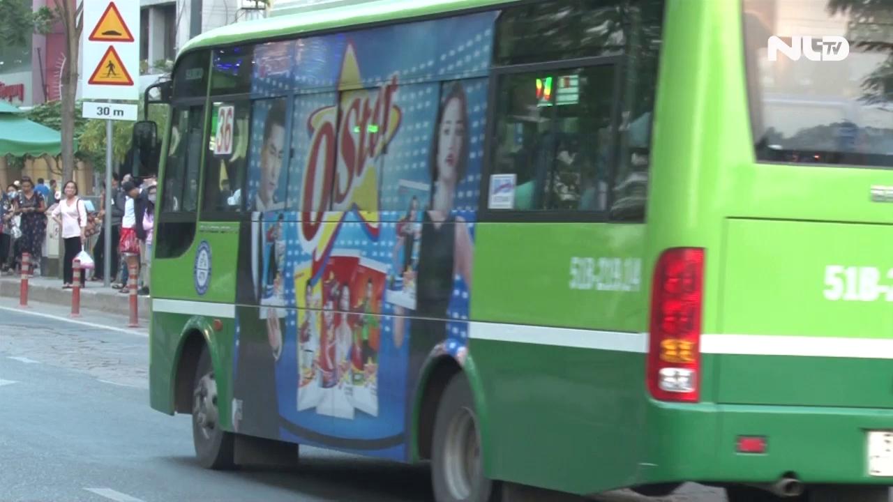 Ghi nhanh: Vì sao học sinh-sinh viên chưa thích đi xe buýt?