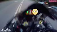 Khi siêu xe đọ sức cùng siêu môtô