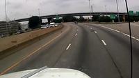 Trả đắt vì nhập làn cao tốc không quan sát