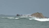 Bộ đội biên phòng cứu ngư dân chìm tàu trên biển