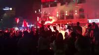 CĐV đốt pháo mừng chiến thắng U23 Việt Nam