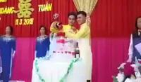 """Đám cưới đồng tính nam của cặp đôi điển trai ở Đồng Tháp gây """"sốt"""" mạng xã hội"""