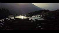 Sửng sốt hàng nghìn viên pha lê lấp lánh trên ruộng bậc thang Mù Cang Chải
