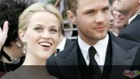 Khoảnh khắc tuyệt đẹp của Reese Witherspoon bên gia đình
