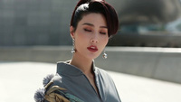 Diễm My gợi cảm khó cưỡng lần đầu tiên dự Seoul Fashion Week Xuân 2018.