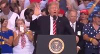 Ông Trump cam kết xây tường biên giới Mexico dù phải đóng cửa chính phủ