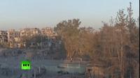 """Nga ngầm chỉ trích Mỹ ném bom """"xóa sổ"""" thành phố Raqqa"""