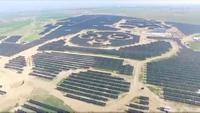 Trung Quốc muốn xây dựng 100 nhà máy điện mặt trời hình gấu trúc trên khắp thế giới