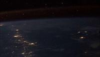 Ngắm sao băng từ ngoài không gian