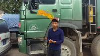 Tài xế xe tải khai bị tài xế xe cứu thương chém.