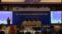 Các đại biểu chia sẻ bên lề Hội nghị APEC tại Vinh (Nghệ An) chiều 22/9.