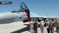 Tổng thống Syria vào buồng lái máy bay chiến đấu Nga