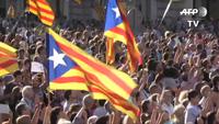 Nửa triệu người biểu tình phản đối giải tán chính quyền Catalonia