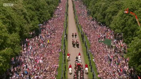 Những sự cố ngoài lề trong đám cưới cổ tích của Hoàng gia Anh