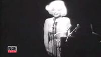 """Chiếc váy Marilyn Monroe mặc khi hát """"Happy Birthday Mr President"""" được đem bán đấu giá"""