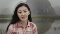 """Cảnh Điềm nhận trả lời phỏng vấn bằng tiếng Anh trên phim trường """"Kong"""""""