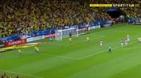 Brazil giành chiến thắng 3-0 trước Paraguay
