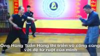 Võ sư Huỳnh Quốc Hùng một mình đấu ba người cầm kiếm