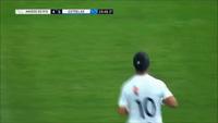 Ronaldinho tái hiệu siêu phẩm từ giữa sân của Beckham