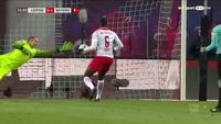 Chơi lép vế, Bayern Munich bất ngờ bại trận ở Bundesliga