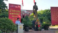 Giám đốc Sở GD-ĐT tỉnh Thừa Thiên Huế phát biểu chúc mừng các học sinh đạt giải quốc tế