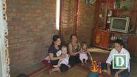 Xót xa bé trai bị não úng thủy, ba tuổi chưa một lần đi bệnh viện