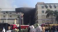Hình ảnh vụ cháy suốt một ngày tại công ty may