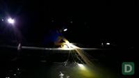 Người dân câu cá bông lau trên sông Vàm Nao