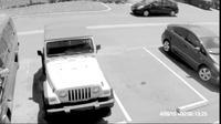 Lãnh hậu quả vì tranh chỗ đậu xe với người già