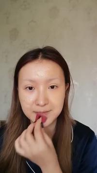 """Ngỡ ngàng cô gái dùng tài năng trang điểm để tự biến mình thành """"Nàng Mona Lisa"""""""