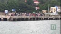 Điều tàu ra đảo Cù Lao Chàm bị cô lập do mưa gió cứu cháu bé 8 tháng tuổi sốt cao