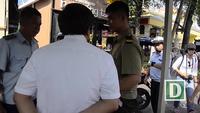 Ông Đoàn Ngọc Hải kiểm tra bãi xe sai phép bên hông UBND quận 1