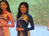 Giây phút đăng quang của các người đẹp Hoa khôi Nam Bộ 2017.