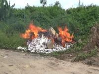 Tiêu hủy hàng hóa vi phạm ở Bạc Liêu.