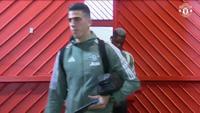 Các cầu thủ MU tới Old Trafford chuẩn bị tiếp West Brom