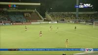 Thủ môn Thanh Thắng mắc sai lầm khó lý giải, khiến Thanh Hoá thua Than Quảng Ninh
