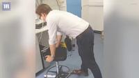 Thủ thuật Heimlich manoeuvre cứu người bị nghẹn, hóc dị vật