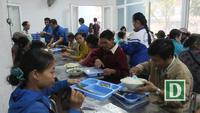 Quán cơm Nụ cười sông Trà đã cung cấp 190.000 suất cơm cho những hoàn cảnh khó khăn