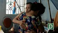 3 người phụ nữ cùng khổ trong căn nhà chi chít vết nứt