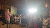 Rapper OSAD khuấy động đêm prom trường chuyên Nguyễn Huệ với hit Người âm phủ