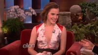 Emma Watson xinh đẹp trả lời phỏng vấn