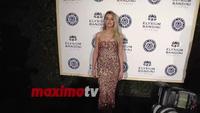 Amber Heard rạng rỡ trên thảm đỏ