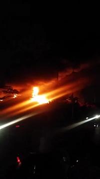 Cháy cực lớn tại xưởng phế liệu ở Hà Nội