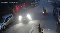 Lùi xe bất cẩn gây va chạm còn hành xử côn đồ
