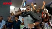 Cổ động viên Nigeria phấn khích sau chiến thắng trước Iceland