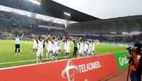 Olympic Việt Nam ăn mừng điệu Viking cảm xúc sau trận thắng Nhật Bản