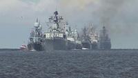 Tàu chiến Nga rầm rộ chuẩn bị cho lễ duyệt binh